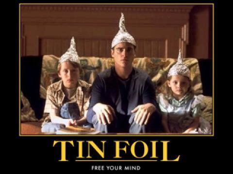 陰謀と戦い続けるグーグル様 [Tin Foil Hat]