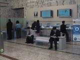 ホットスポット。ベンチと公衆電話が人気です。