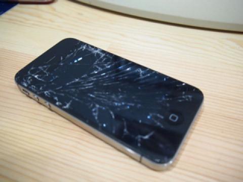 落下試験報告 [iPhone 4S のガラス]