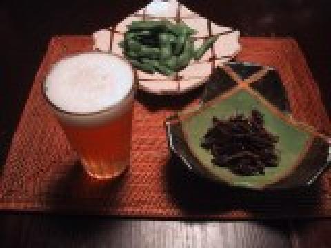 イナゴ、枝豆、ビール